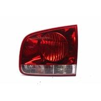 Right Passenger Inner Tail Lamp Light 2004 Volkswagen Touareg V6 4dr 3.2