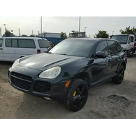 2004 Porsche Cayenne Turbo 4.5L at  Green hit left side