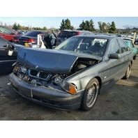 2003 BMW 525i E39 2.5L at Sdn Grey hit front