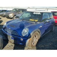 2005 Mini Cooper S 1.6, a/t Blue, undercarriage
