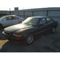 1999 BMW 740i E38 4.4L, a/t, Rwd, Green, hit front