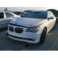 2009 BMW 750Li, F02, 4.4L, a/t, Rwd, White, hit rh front