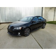 2014 Volkswagen Jetta Gli 2.0t 6 speed loaded with navigation and heated seats