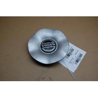 00 Volvo S70 Aluminum Wheel Center Cap Scratches 3546354