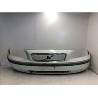 2001 2002 2003 2004 Volvo V70 Front Bumper Cover 94794013 White Scratches