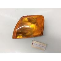 1998 1999 2000 2001 Volkswagen Passat Left Turn Signal Light 3B0953049A Cracked