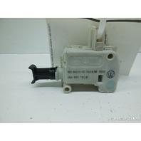 Volkswagen Beetle Touareg Jetta Passat Trunk Lock Actuator 3B0959781A