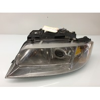99 00 01 Audi A6 left headlight driver headlamp 4B0941003AT missing seal
