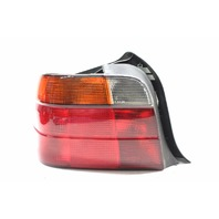 1995 1996 1997 1998 1999 BMW 318i 318ti Hatchback Left Tail Lamp 63218353551