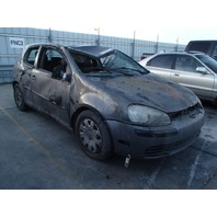 2007 Volkswagen Rabbit 2.5 5 speed flood vehicle for parts