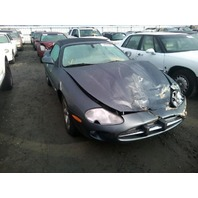 2000 Jaguar XK8 convertible 4.0 automatic grey damaged front for parts