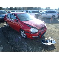 2008 Volkswagen Jetta 2.5 automatic red damaged front for parts