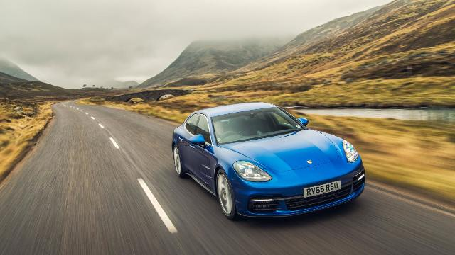 Porsche Panamera 4S Diesel review: world's fastest diesel