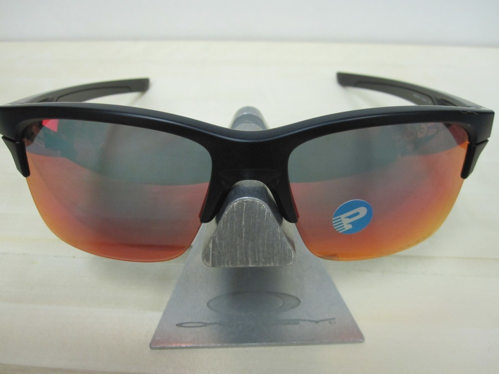 d9d9bb39cd1 OAKLEY mens THINLINK Sunglass Matte Black Torch Polarized OO9316-07 New In  Baggy ...