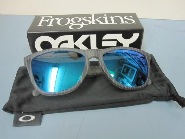 oakley frogskins sapphire iridium