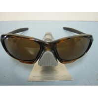 OAKLEY mens Twenty sunglass Tortoise/Dark Bronze OO9157-02 New In Box