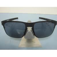 OAKLEY mens Holbrook Metal Sunglass Matte Black/Grey OO4123-01 New in bag