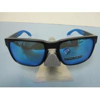 OAKLEY Holbrook Sunglass Matte Black/Prizm Sapphire Polarized OO9102-D255 New