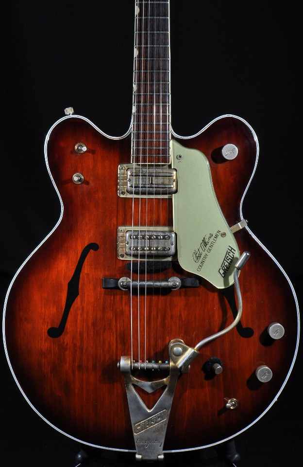 Gretsch Guitars: The Gretsch Guitar Encyclopedia And