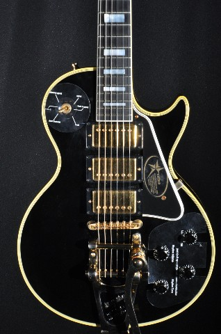 Gibson 2008 jimmy page les paul custom vos hardshell for Jimmy page les paul color