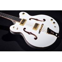 GRETSCH  G6136LSB WHITE FALCON BASS JT14010430 BRAND NEW