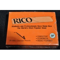 RICO ALTO CLARINET REEDS STRENGTH #3.5 (25 PACK)