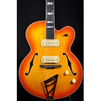 D'ANGELICO DAEX-59 SUNBURST ARCH TOP HOLLOW BODY GUITAR W/HARDSHELL US14050386
