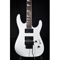 Jackson SLX Snow White Soloist Guitar W/Gig Bag (Dinged)