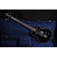 GUILD M85 BASS BLACK HARDSHELL CASE INCLUDED