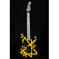 EVH Stripe Series Black/Yellow Stripe Guitar Mint Gig Bag Included