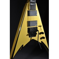 JACKSON PHIL DEMMEL SIGNATURE KING V GOLD W/BLK BEVELS  MIJ GUITAR  HARDSHELL  INCLUDED