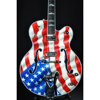 GRETSCH USA CUSTOM SHOP AMERICAN FLAG WHITE FALCON GUITAR G6136CS