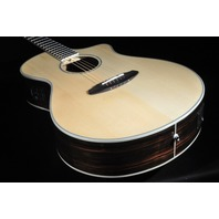 Breedlove Pursuit EX Concert CE SE Acoustic Electric Guitar Spruce/Ebony W/Gig Bag