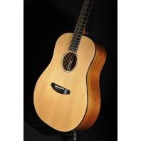 Breedlove Premier Dreadnought  A/E Guitar Mahogany/Spruce USA W/Hardshell