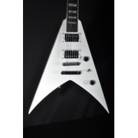 Jackson Pro KVT King V Snow White Guitar