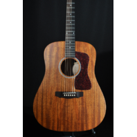 Guild USA D-20 Dreadnought Mahogany Natural Guitar W/Hardshell Case