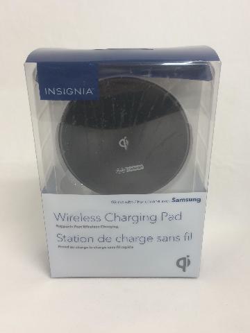 Insignia Wireless Fast Charging Pad
