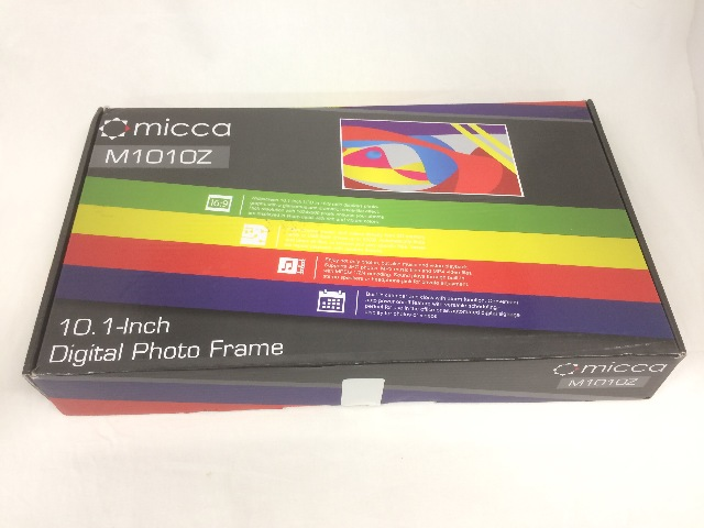 """Micca 10"""" Widescreen High Resolution Digital Photo Frame, Auto On/Off Timer, Blk"""