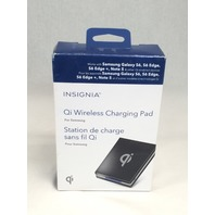 Insignia Qi Wireless Charging Pad (NS-MWPC1W-C) - Black/Grey