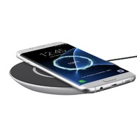 Belkin QI Charger, Light Silver
