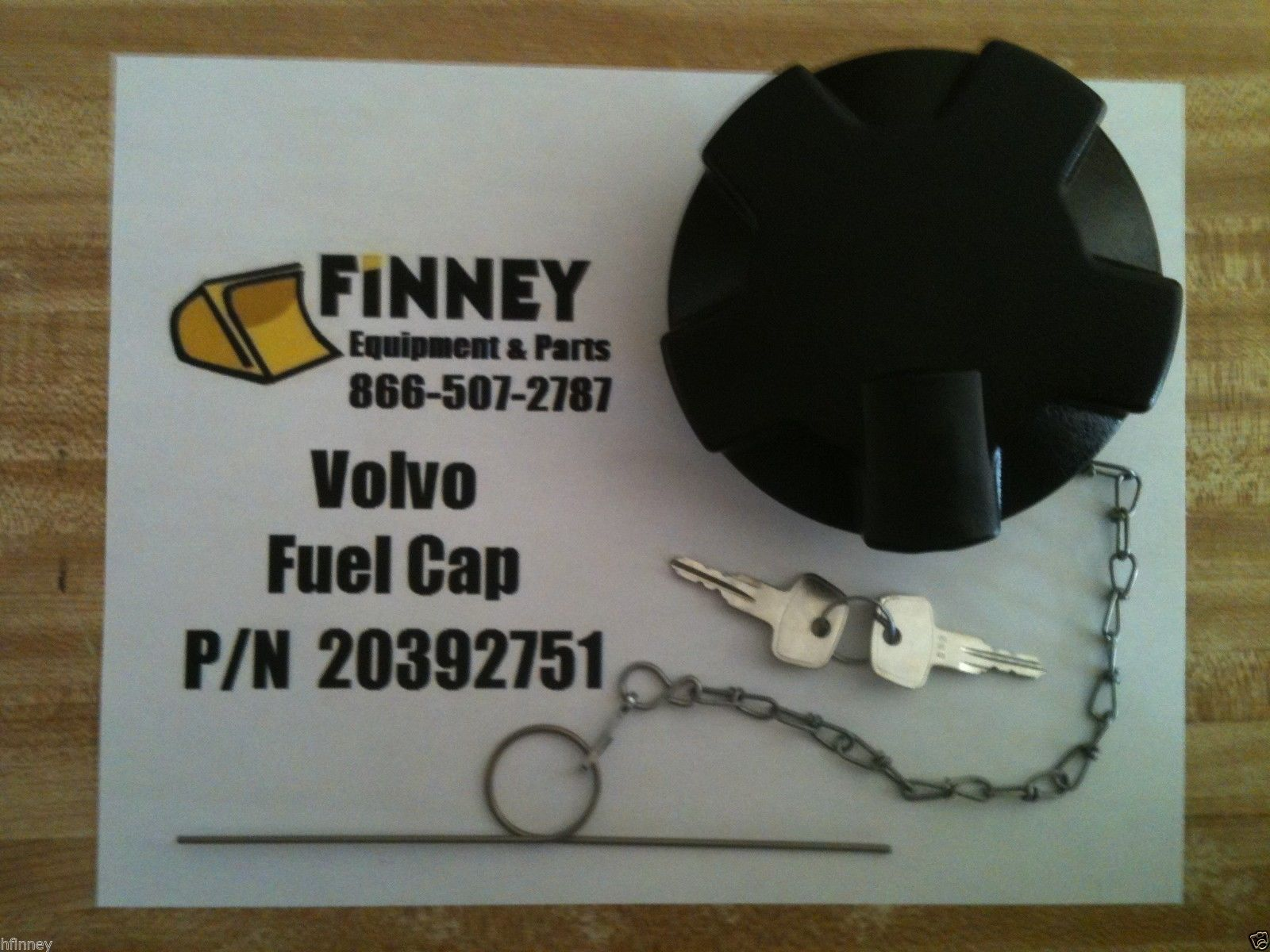 20392751 Volvo Locking Fuel Cap With Keys Wheel Loader L60