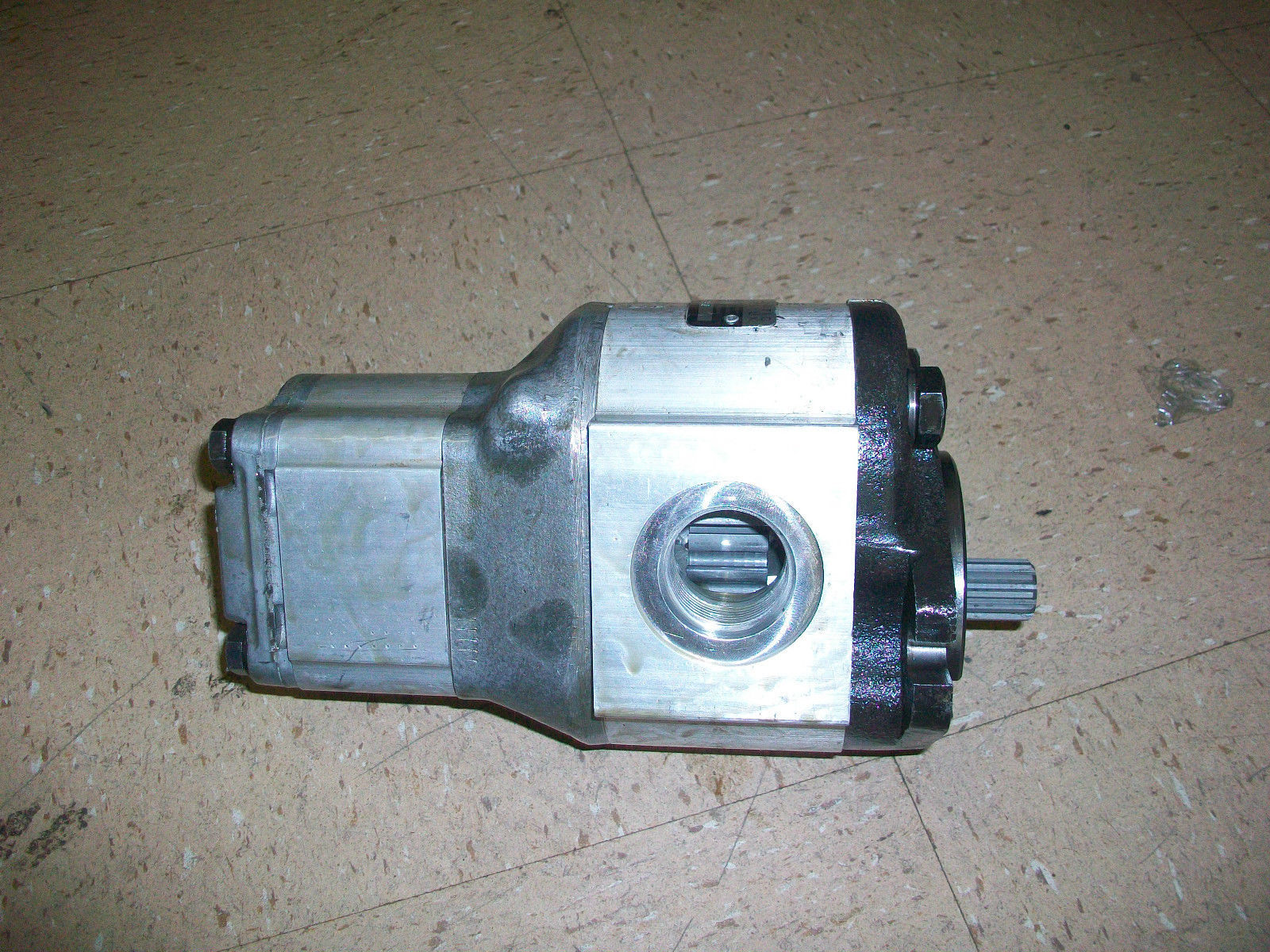 Bobcat 853 High Flow Hydraulic Pump 6665552 new 2410MTC | Finney Equipment  and Parts