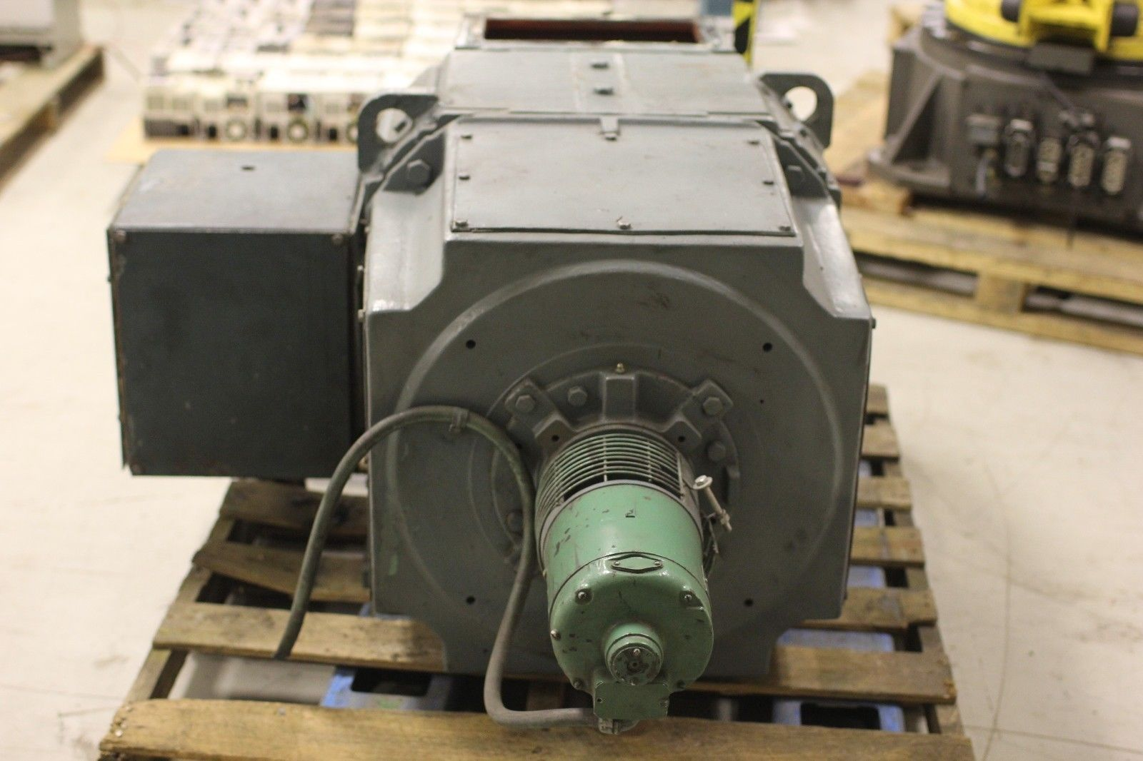 Used Reliance Electric Super Rpm Dc Motor 200 Hp 1150 2000