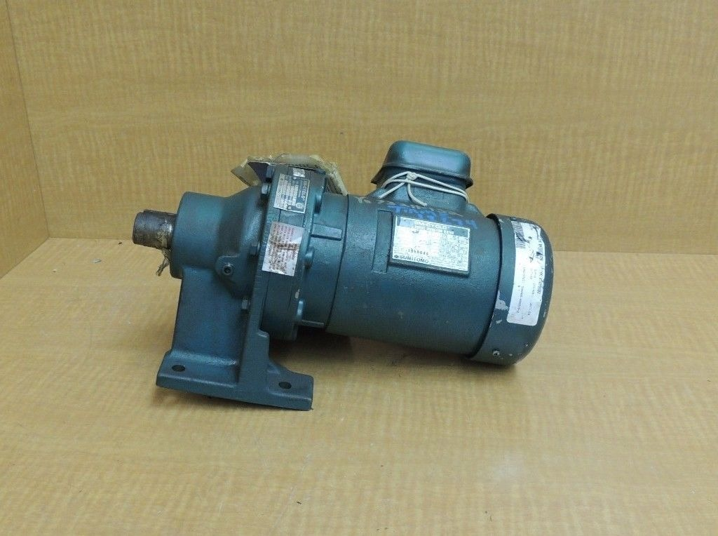 New Sumitomo Sm Cyclo Gear Head Induction Motor Hm3095 1 2 Hp 70 Rpm Ratio 25 Ebay