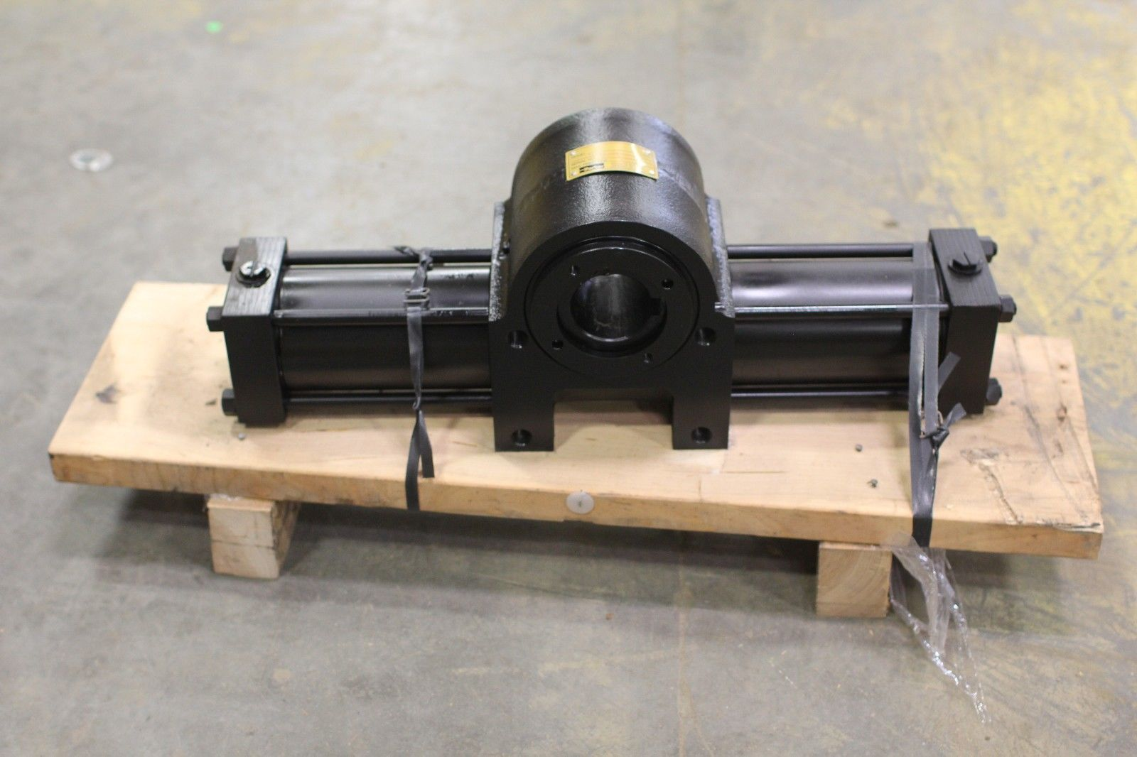 New Parker Hydraulic Rotary Actuator Htr75 180 Pa14 C Max