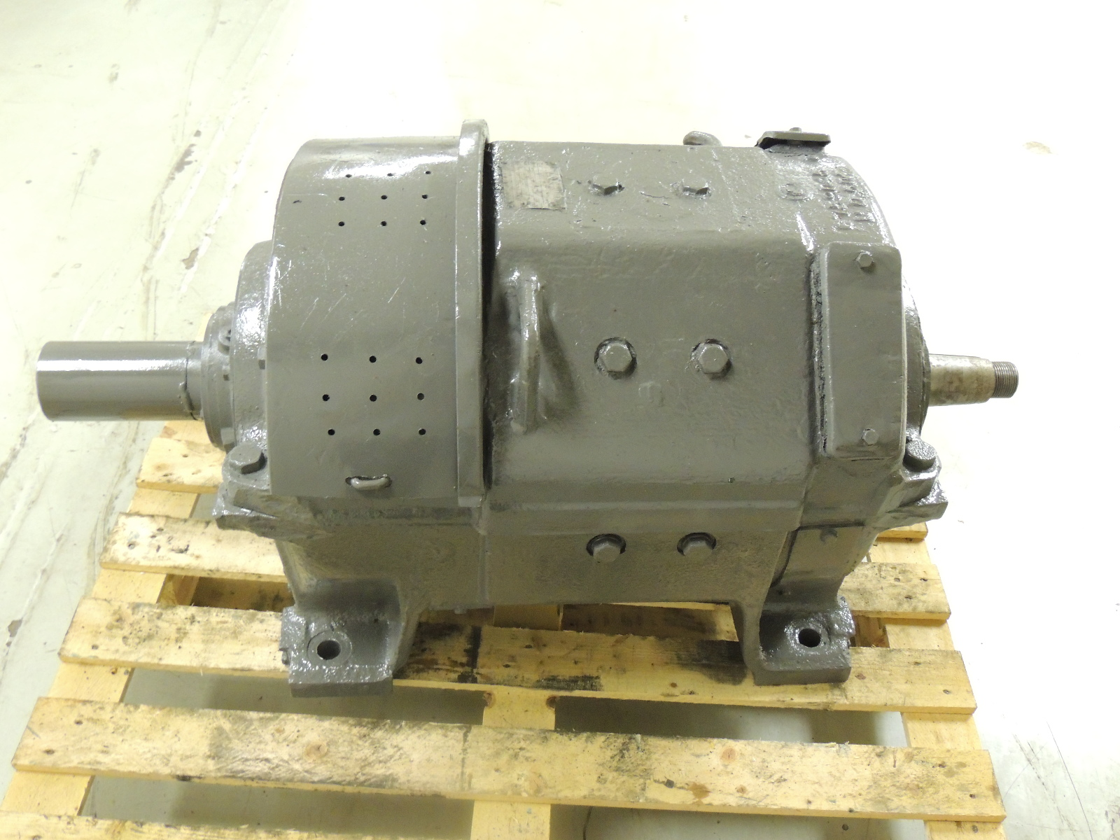 Used Ge Dc Traction Motor 32b7 35 Hp 230 V Max Speed