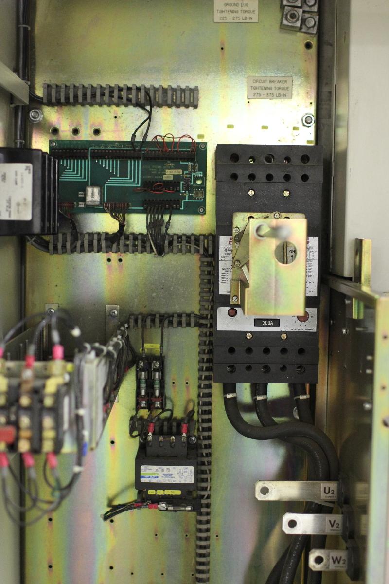 Used Abb Flowstar Ac Drive Vfd 200 Hp Motor Load V25048a08q0002 Sapu200mc460 Industrial
