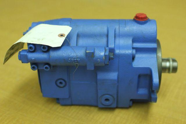 Rblt vickers eaton hydraulic pump 123al00025a pvm057er for Eaton hydraulic motor seal kit