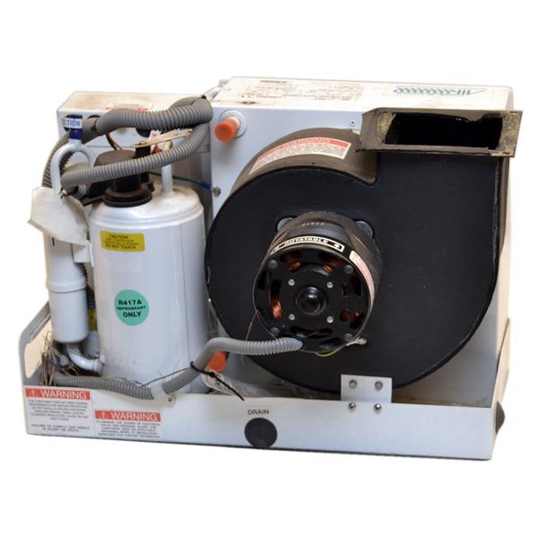Marine Air Conditioner : Dometic  marine air btu v hz euro boat