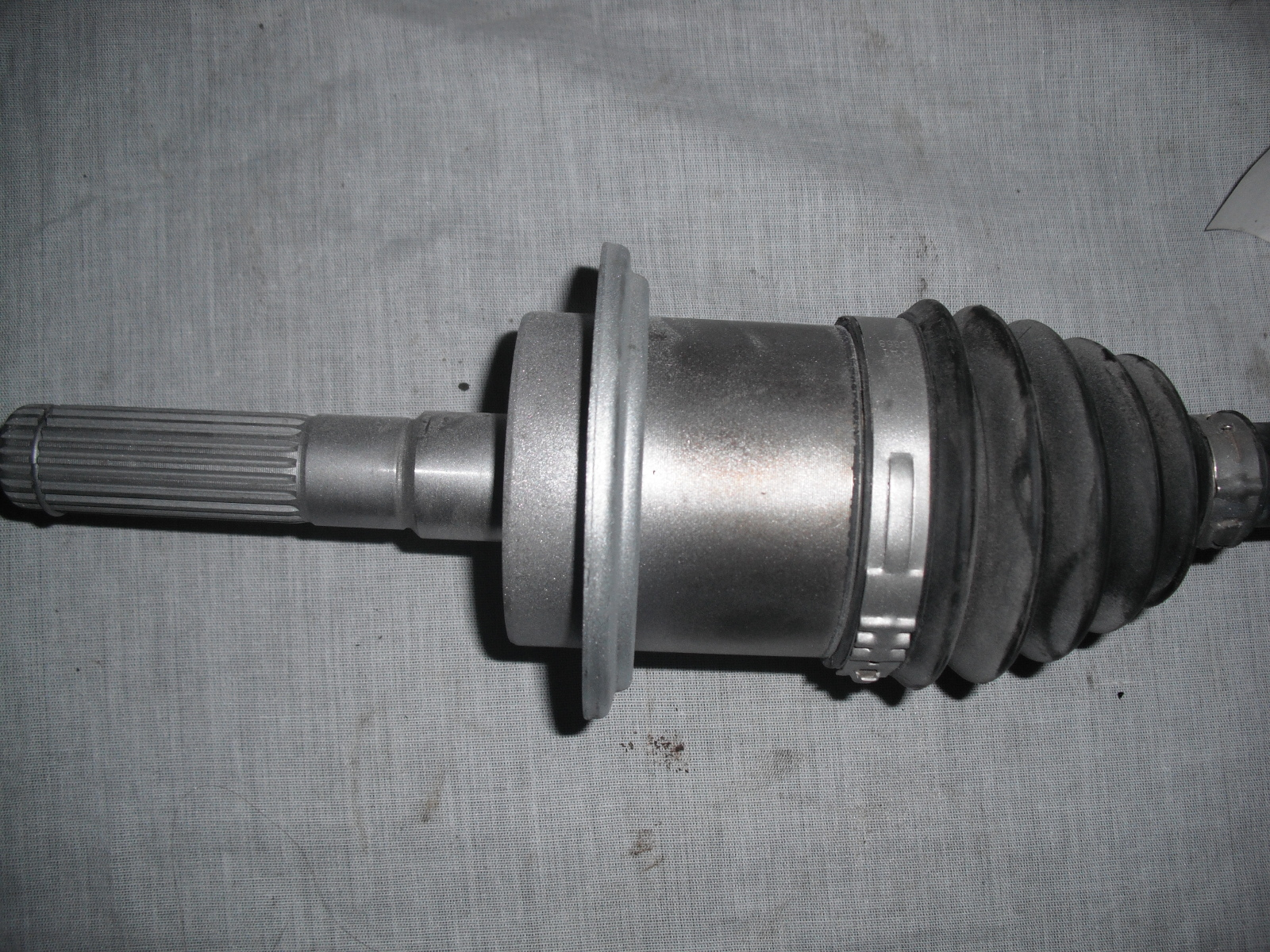 can am oem right front cv axle homocinetic joint renegade outlander  705401116